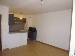 location appartement CUERS 3 pieces, 55m
