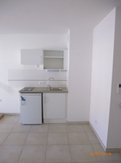 location appartement CUERS 2 pieces, 40m